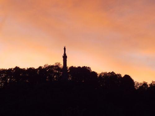 trier afterglow marian column