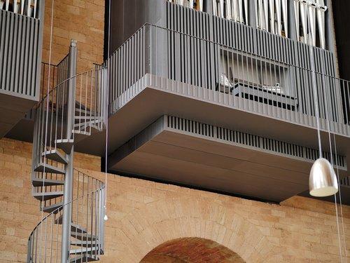 trier  basilica  main organ