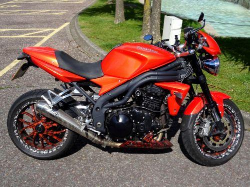 motociklas, motociklai, triumfas, motociklų lenktynės, Sportas, sportas, spidometrai, dviračiu, greitkelis, motoroleriai, mopedas, mopedai, transportas, gabenimas, ratas, ratai, dviratis, dviračiai, baikeris, dviračiai, purvas, triumfas motociklas