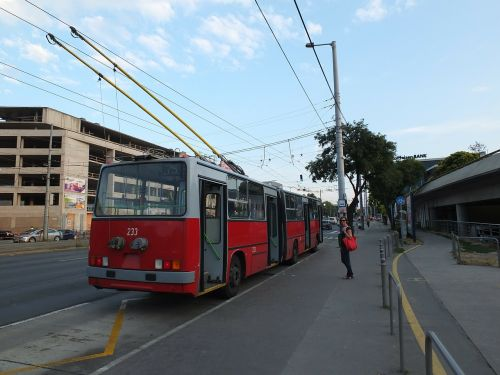 trolleybus stop budapest