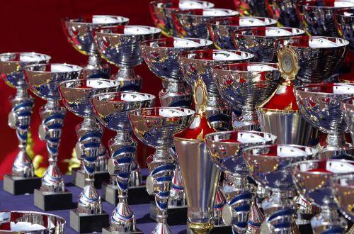 trophies show award