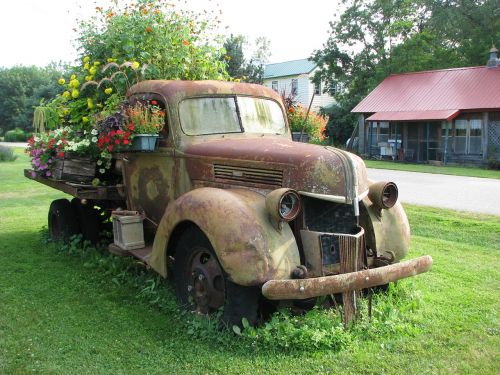 truck old rust