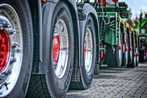 truck heavy duty tractor
