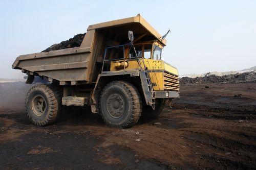 truck belaz coal
