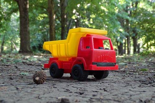 truck  toy  trucking
