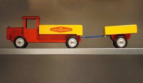 truck toys play