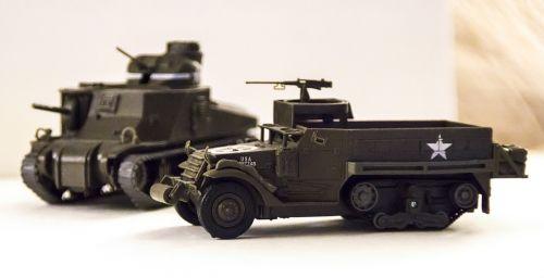 truck military miniature