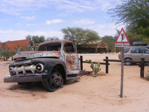 truck car desert