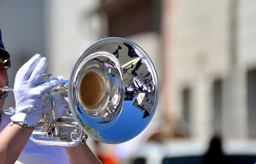 trumpet  trumpeter  marching