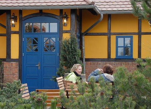 truss  small restaurant  architect