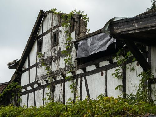 truss ruin fachwerkhaus