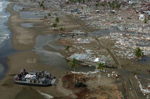 tsunami riptide natural disaster