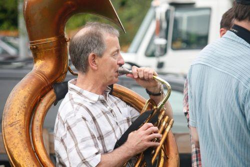 tuba musician horn