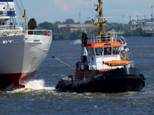 tug seafaring port