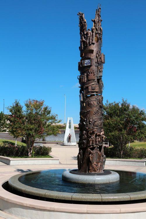 tulsa,Oklahoma,paminklas,rasizmo riaušės,taikos parkas,1921 m. Riaušės,miestas,amerikietis,usa,kelionė,parkas,paminklas,istorinis žymeklis