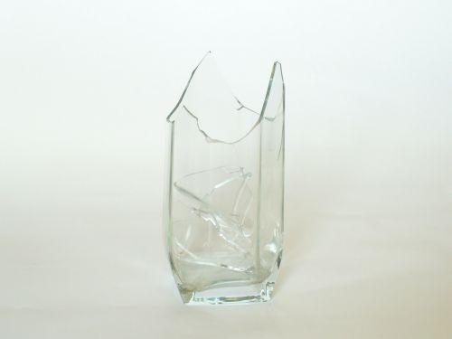tumbler glass broken glass