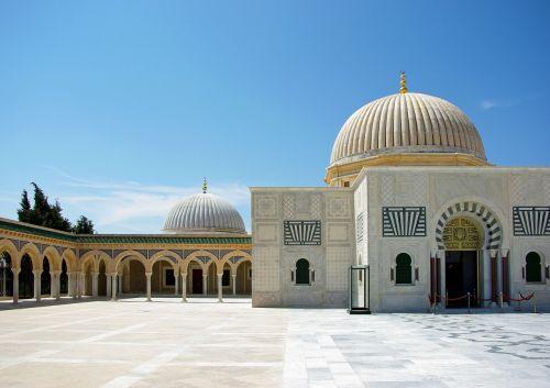 Tunisas,monastiras,mauzoliejus,Bourghiba,mečetė,kapas,arcade,esplanade,stulpeliai