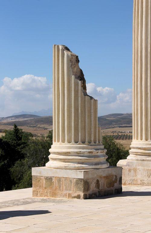 Tunisas,romėnų imperija,griuvėsiai,romėnų griuvėsiai,senovės,romėnų,istorinis,udna,kolonna,sunaikinta kolona