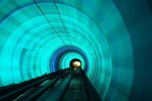 tunelis,greitis,žibintai