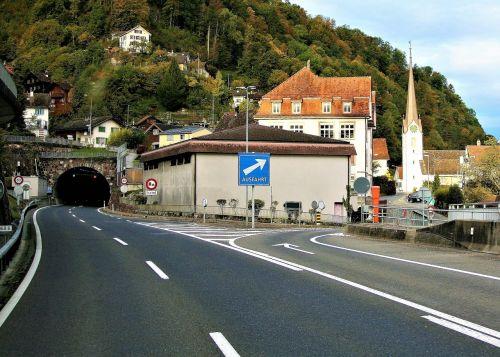 tunnel highway hills
