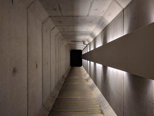 tunnel darkness path