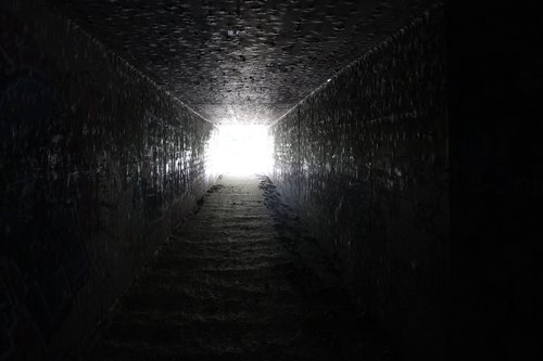 tunnel  light  end