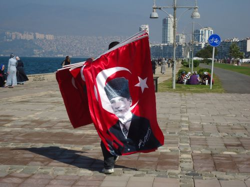 turkey izmir flag