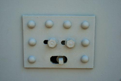 Turning Mechanism & Handle, Door