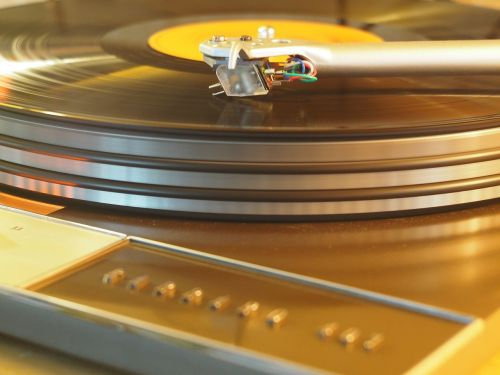 turntable vinyl analog