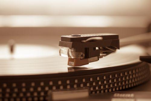 turntable needle vinyl