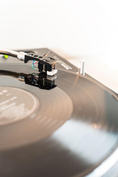 turntable vinyl record player