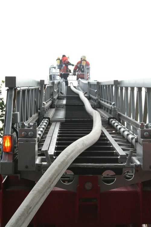 turntable ladder fire firefighting job
