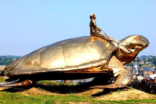 turtle namur landscape