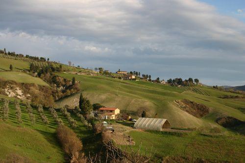 tuscany landscape panorama