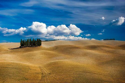 tuscany italy hills
