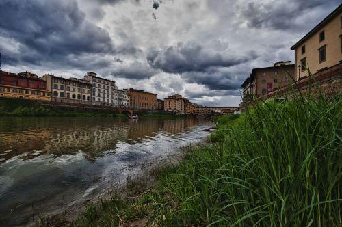 tuscany river arno