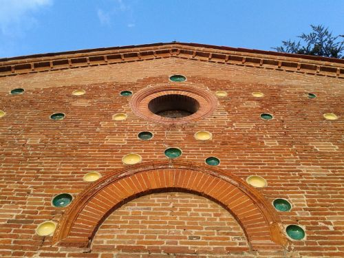 tuscany facade church