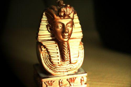 tutankhamun tutankhaton pharaonic