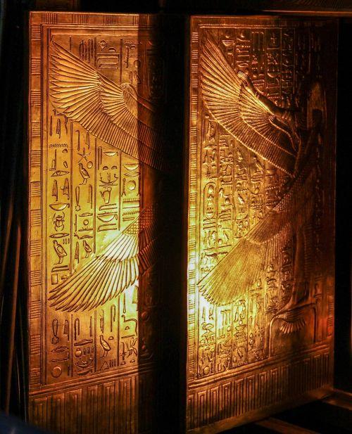 tutankhamun doors golden