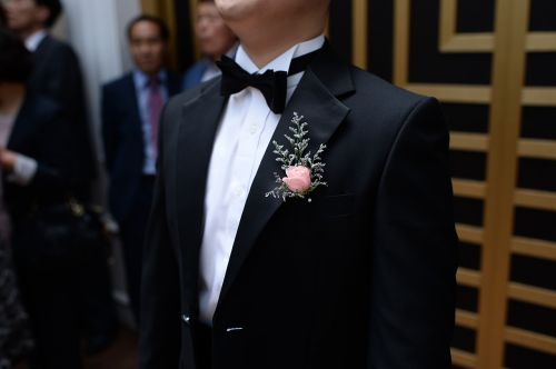 tuxedo marriage groom