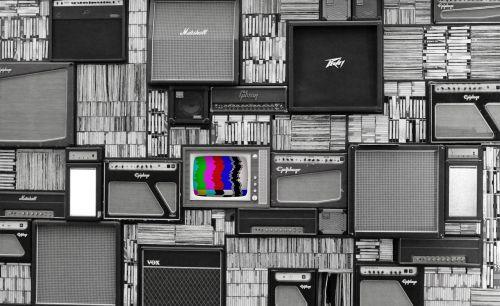 tv wall vintage