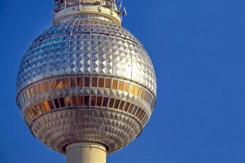 tv tower berlin alexanderplatz