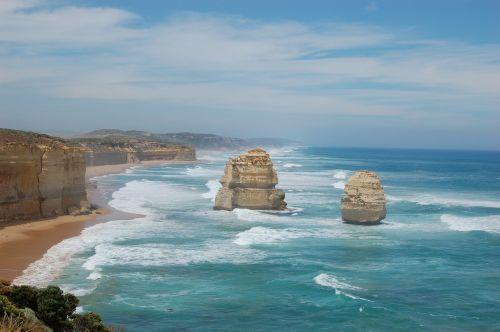 twelve apostles australia sea
