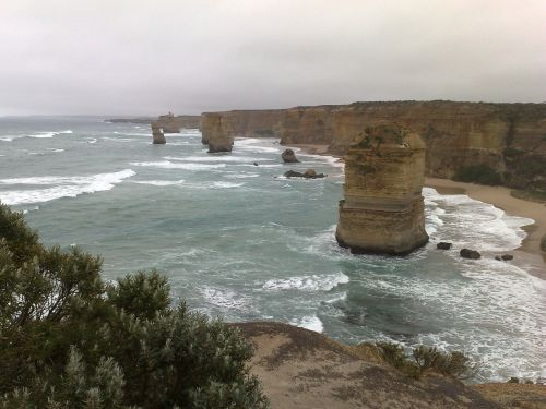 twelve apostles australia great ocean road