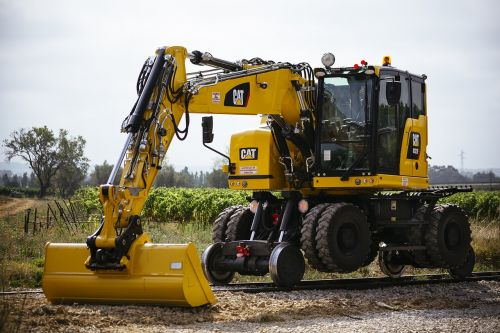 two-way excavator m322 short tail