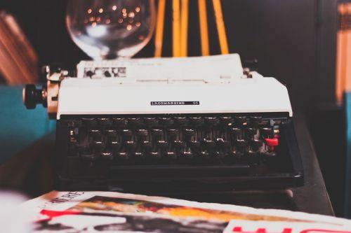typewriter typing retro
