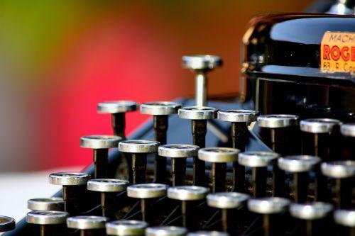 typewriter vintage remington