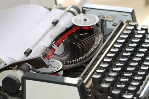 typewriter vintage retro