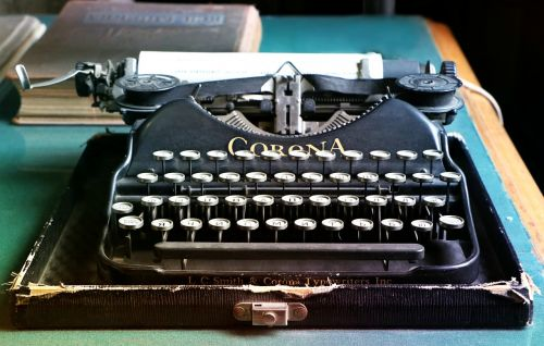 typewriter letters antiques
