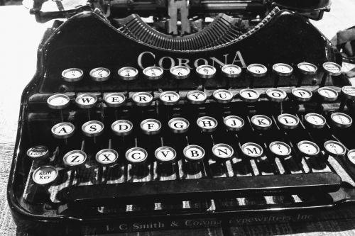 typewriter old corona